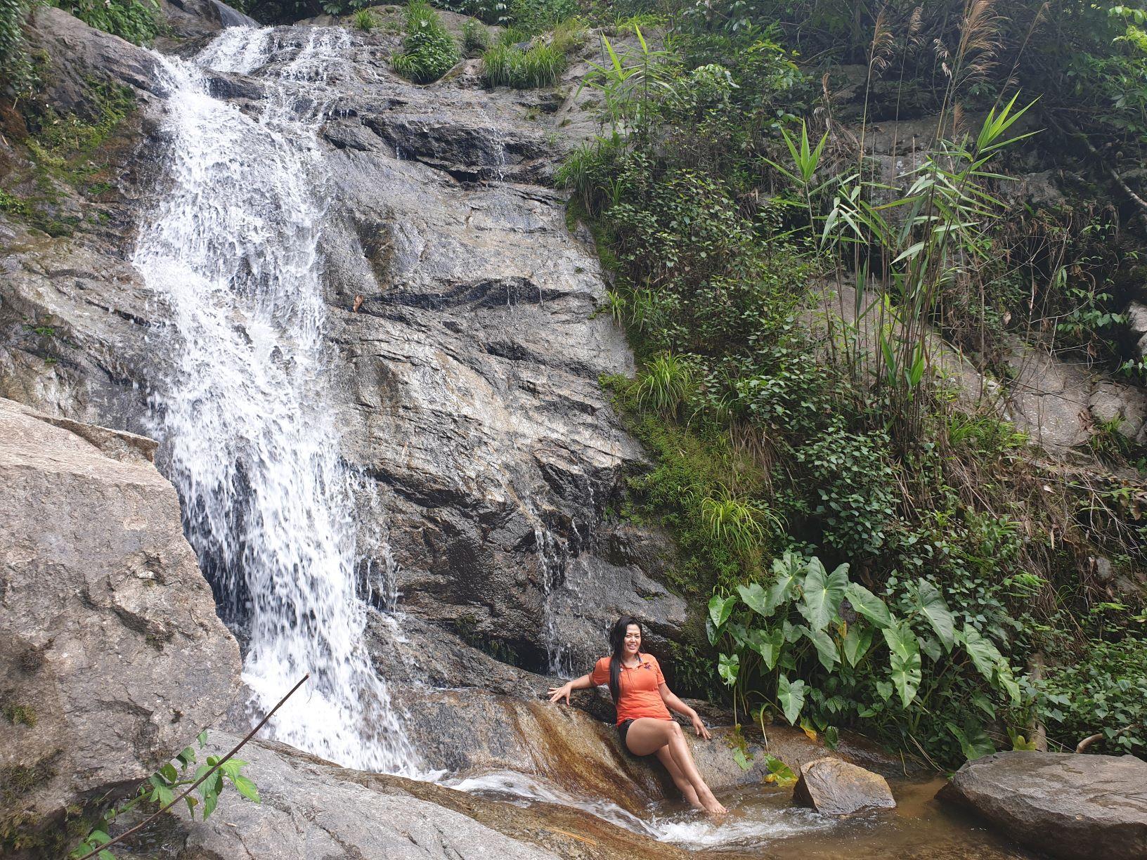 Mae Kampong Waterfall2.jpg