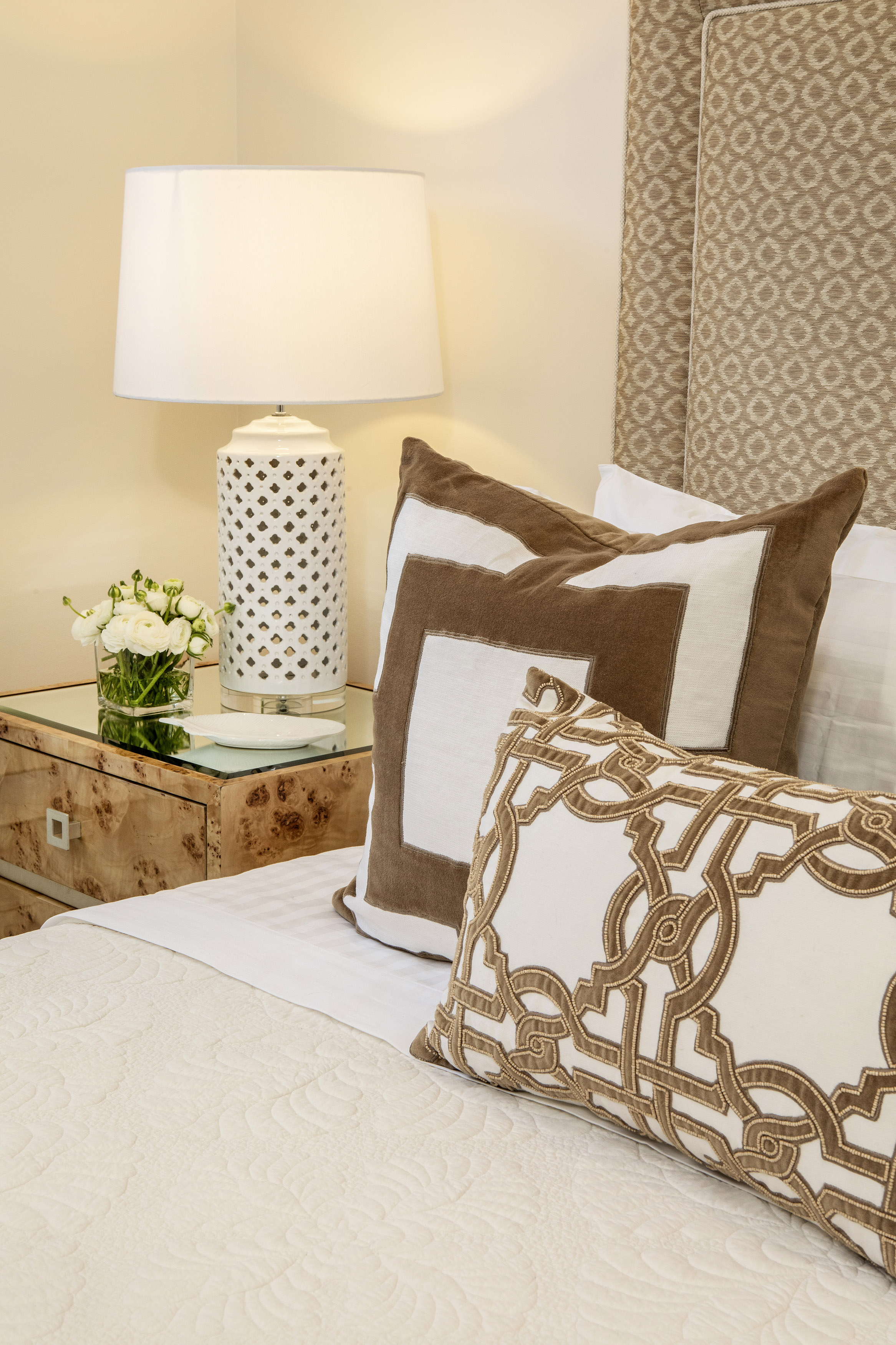 Carrie Deverson Interiors_Bedhead