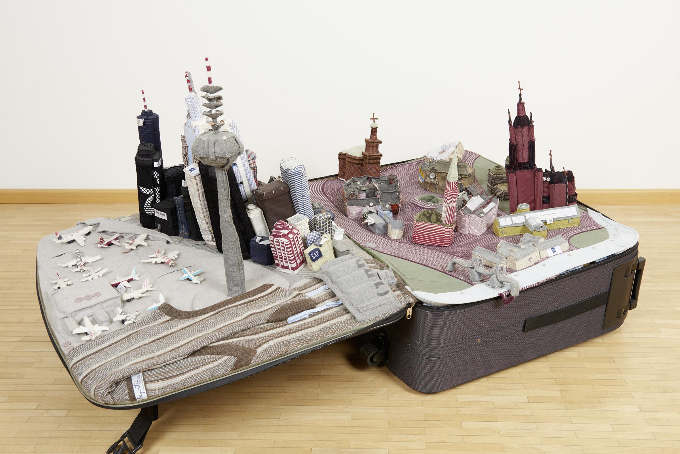 Yin Xiuzhen, Portable City: Frankfurt, 60 x 140 x 90 cm, 2007