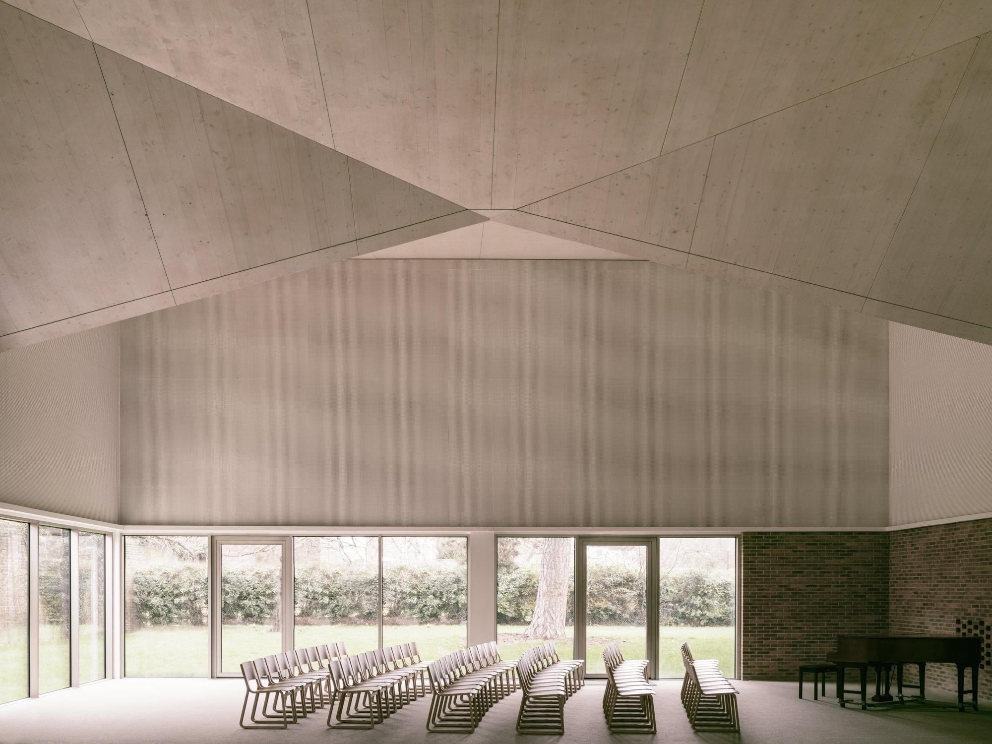 5. PiercyCo DGC Hall - Simone Bossi.jpg