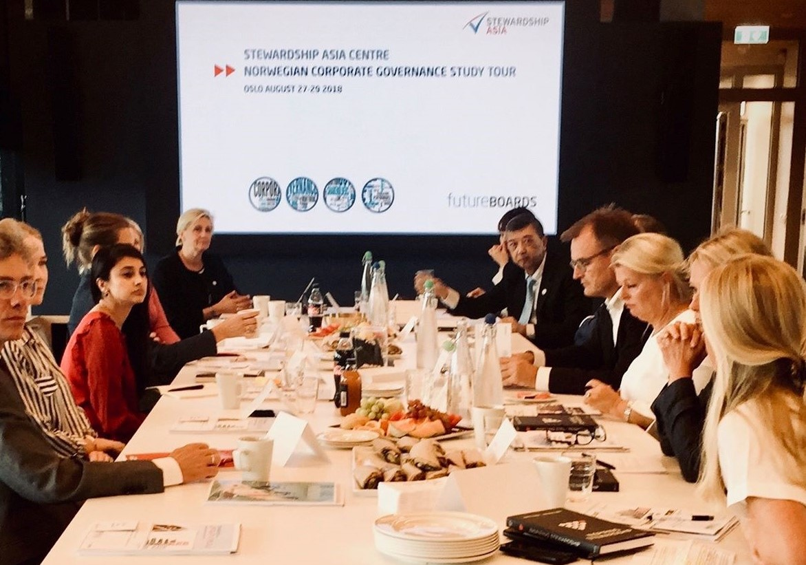 Stewardship Asia_Roundtable discussion 20180829.jpg
