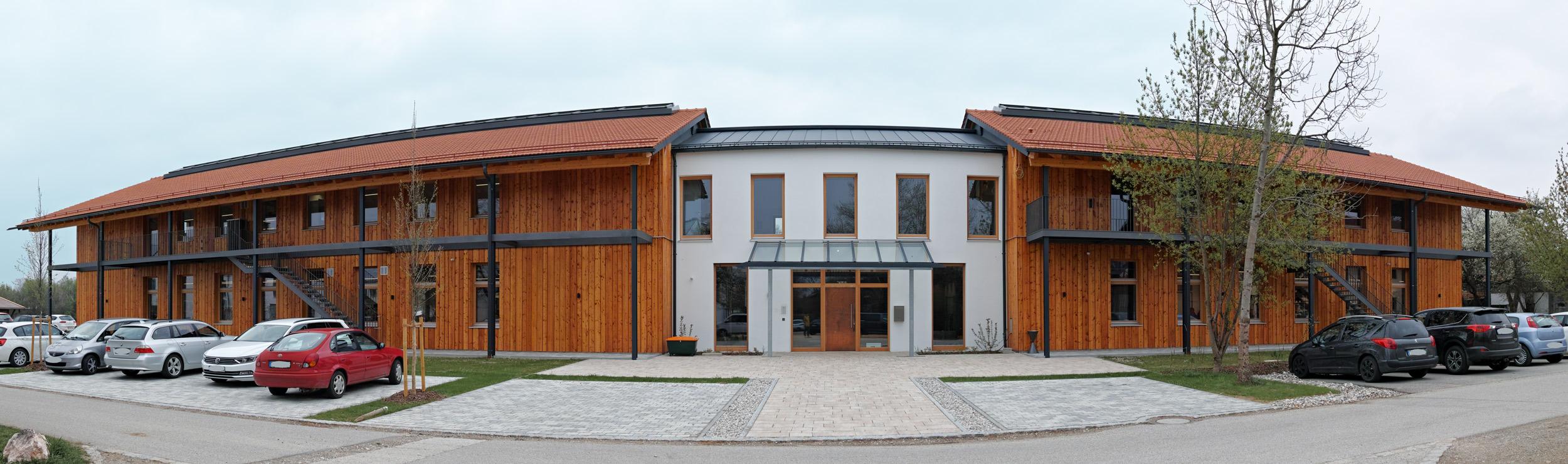Headquarter Hartlauer Präzisions Elektronik GmbH in Uebersee am Chiemsee/Germany