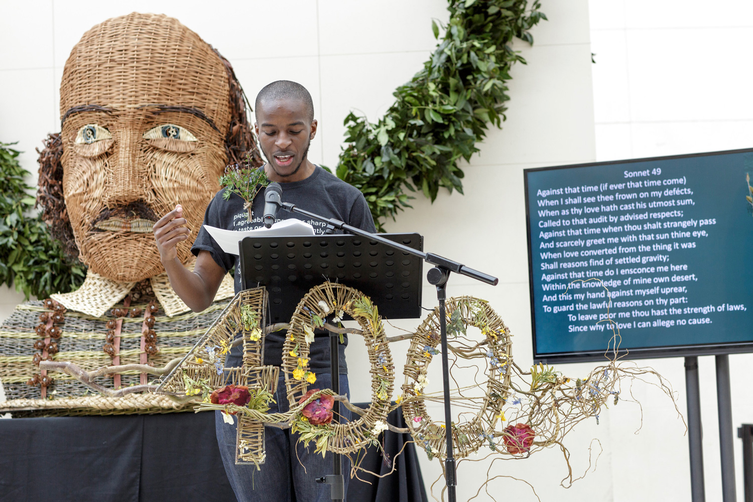 WICKER WILL & A GARLAND OF BAY/for Poet in the city, in collaboration with Hilary Burns
