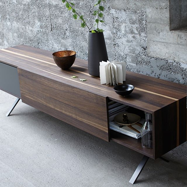 LAX sideboard by @moremoebel . . . #madeingermany #germanbrand #moremöbel #homedesign #interiordesign #art #luxlifestyle #homesweethome