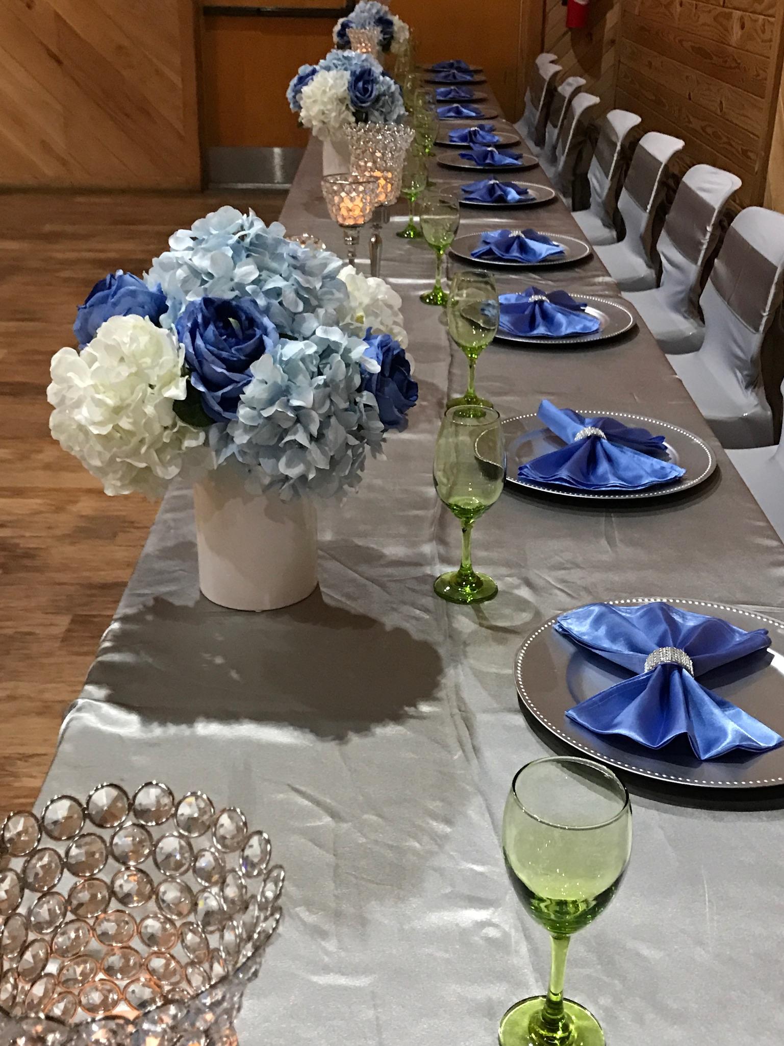 blue-floral-decor.JPG