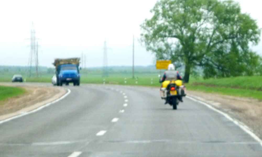 P1000923-On-the-open-Road,-.jpg