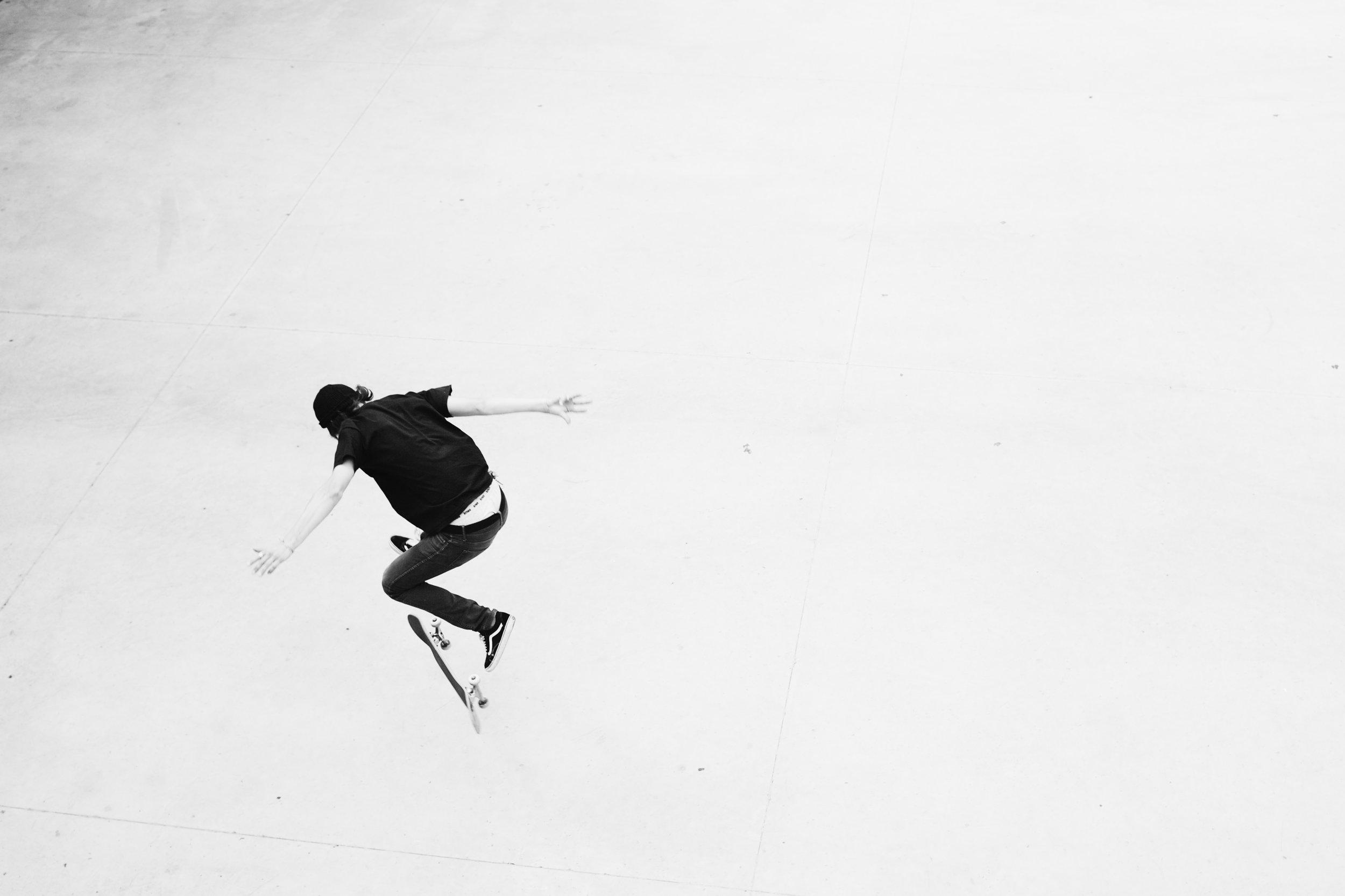 Tallinn Skater BW 2012.jpg