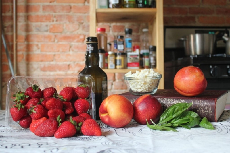 Nectarine, Strawberry, & Feta Salad_2