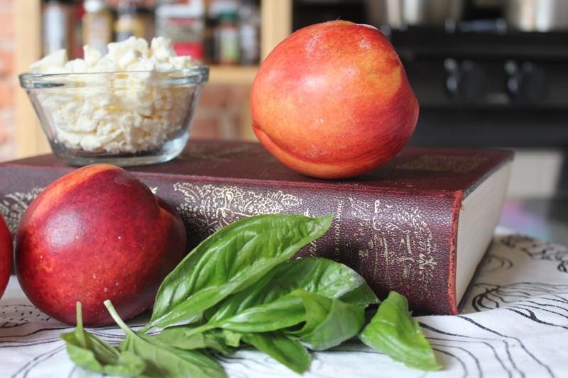 Nectarine, Strawberry, & Feta Salad_3