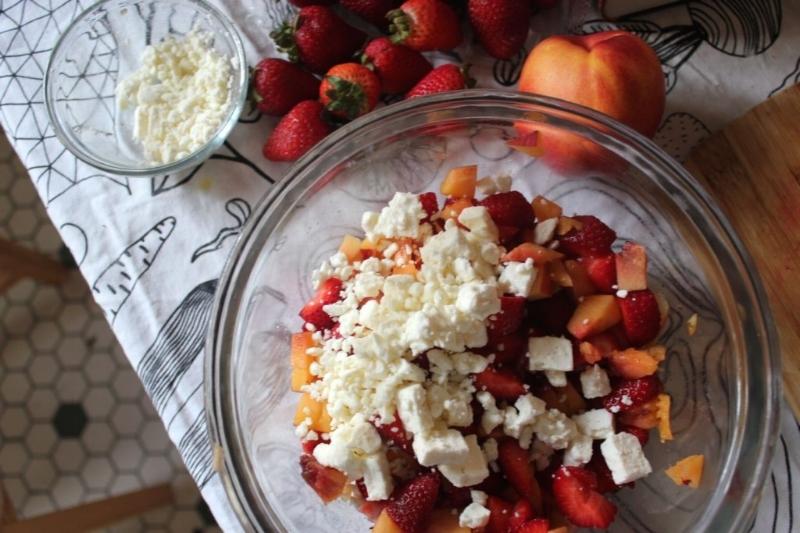 Nectarine, Strawberry, & Feta Salad_10