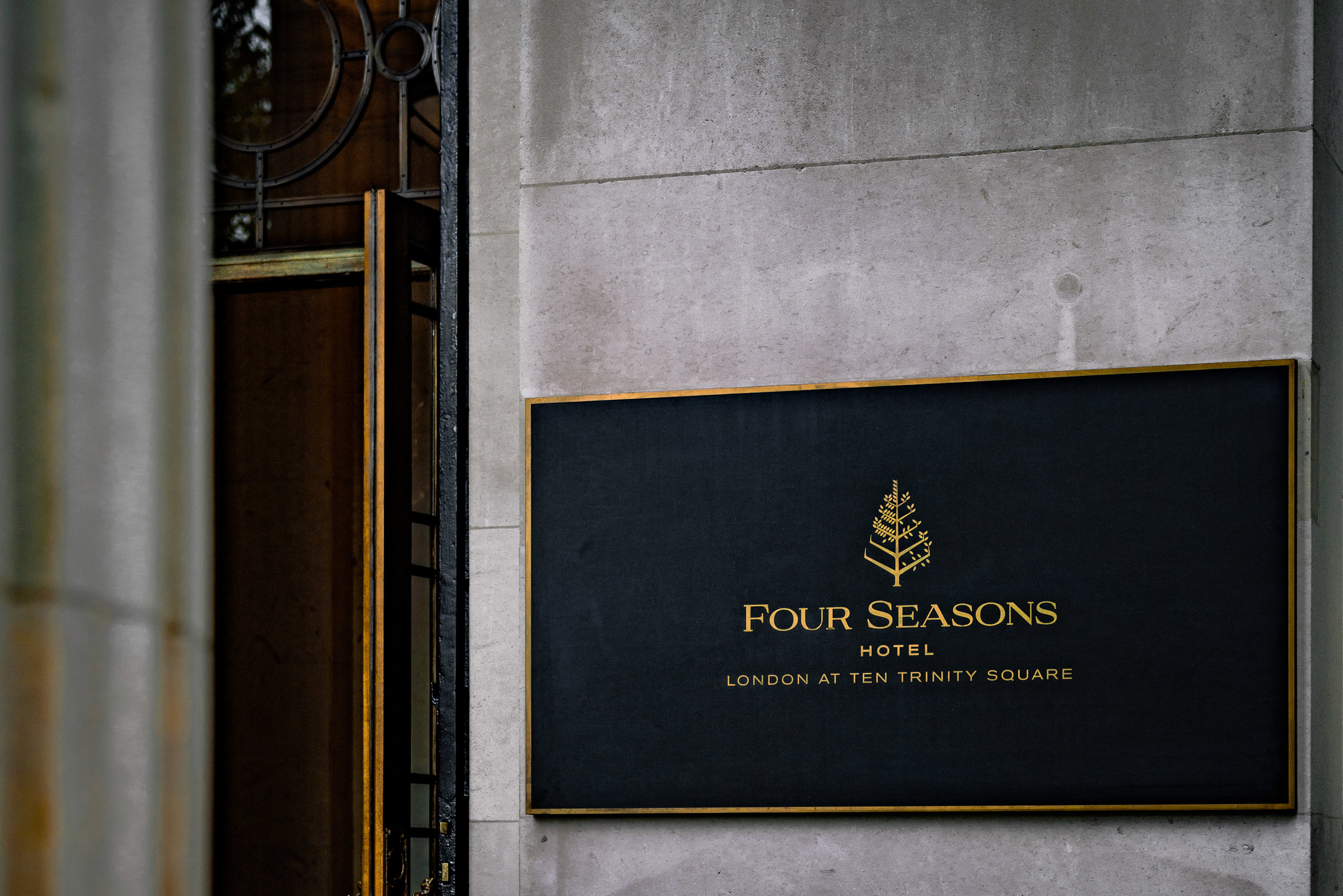 Four Seasons Hotel, Ten Trinity Square