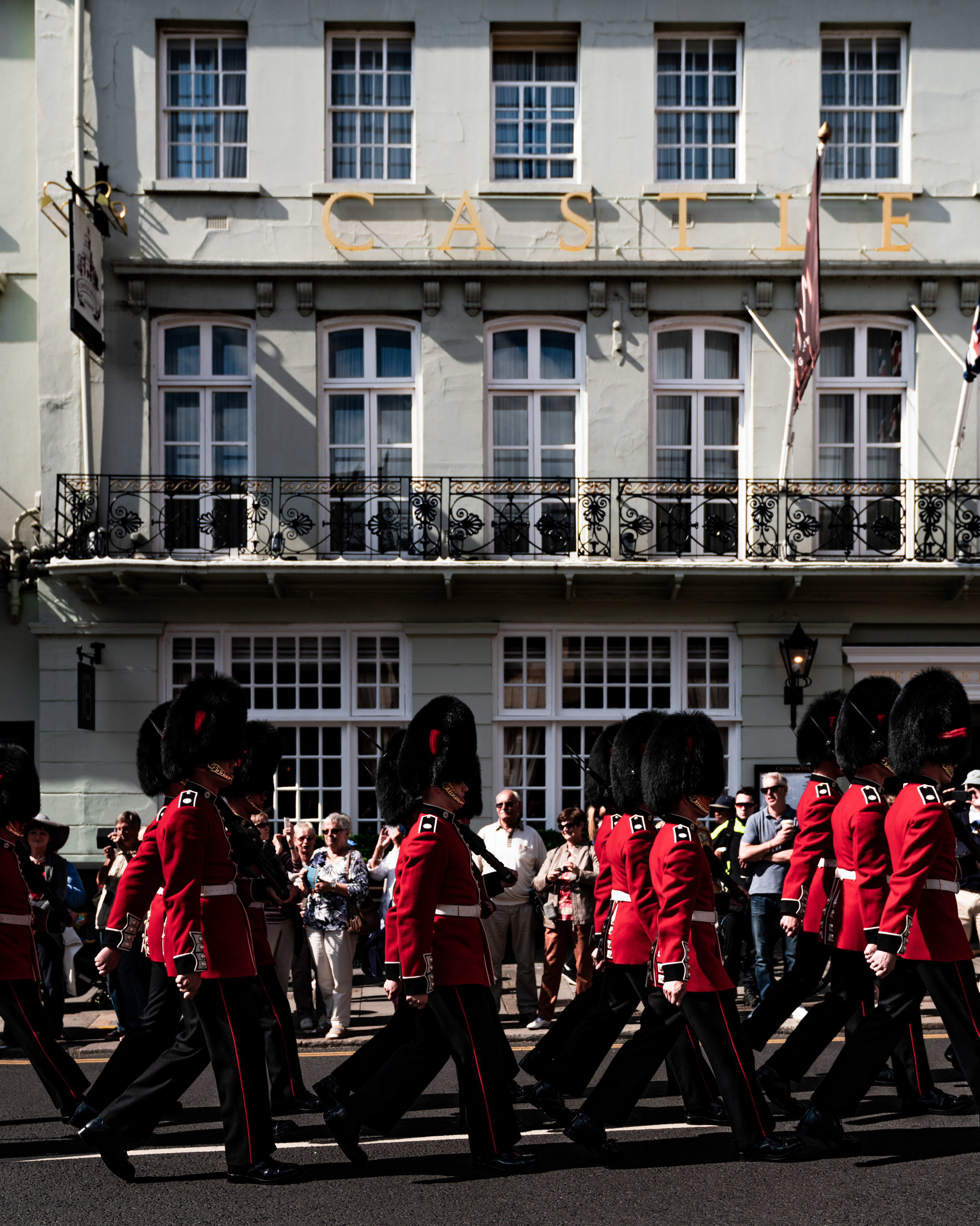 Changing of the guards, Castle Hotel MGallery Sofitel