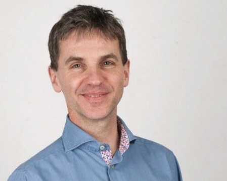 Thomas Steinborn - He is a VP in product management at Talend.