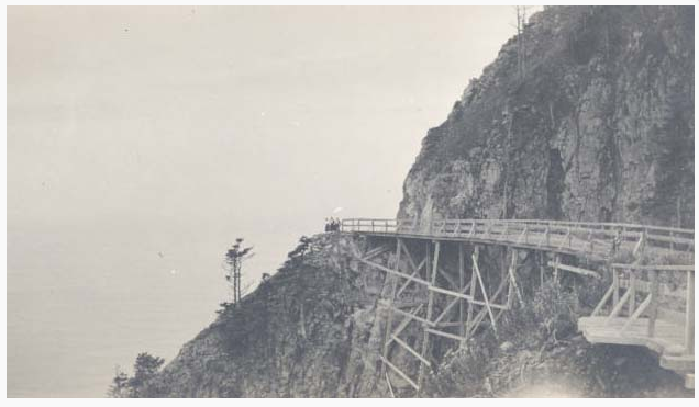 Construction along the southern face of Neahkahnie Mountain in the early 1940s