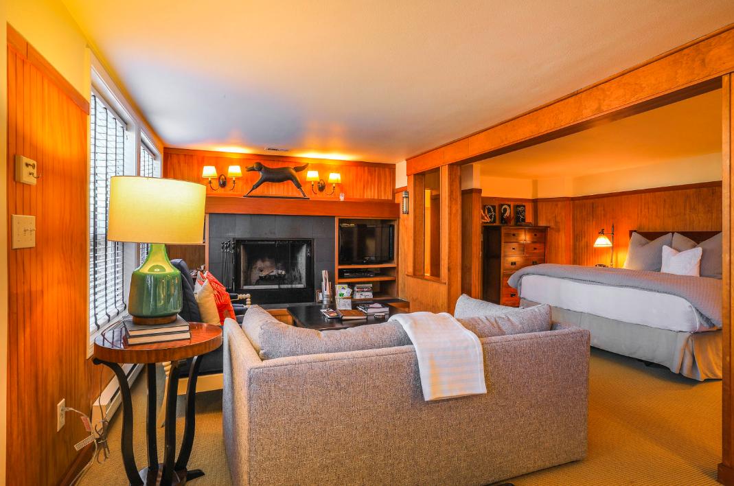 Cannon Beach Hotels   Room 6, The Inn at Arch Cape