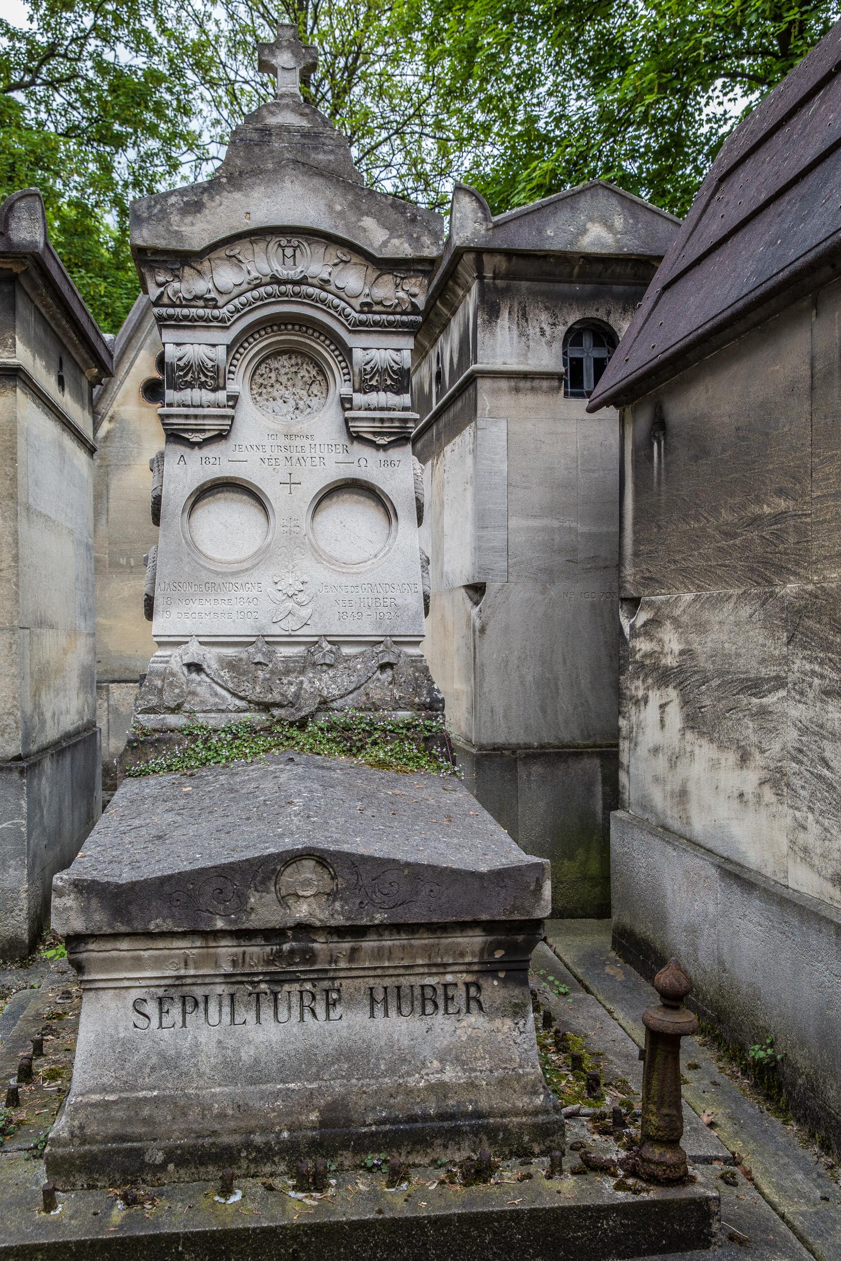 Pere Lachasie Cemetery