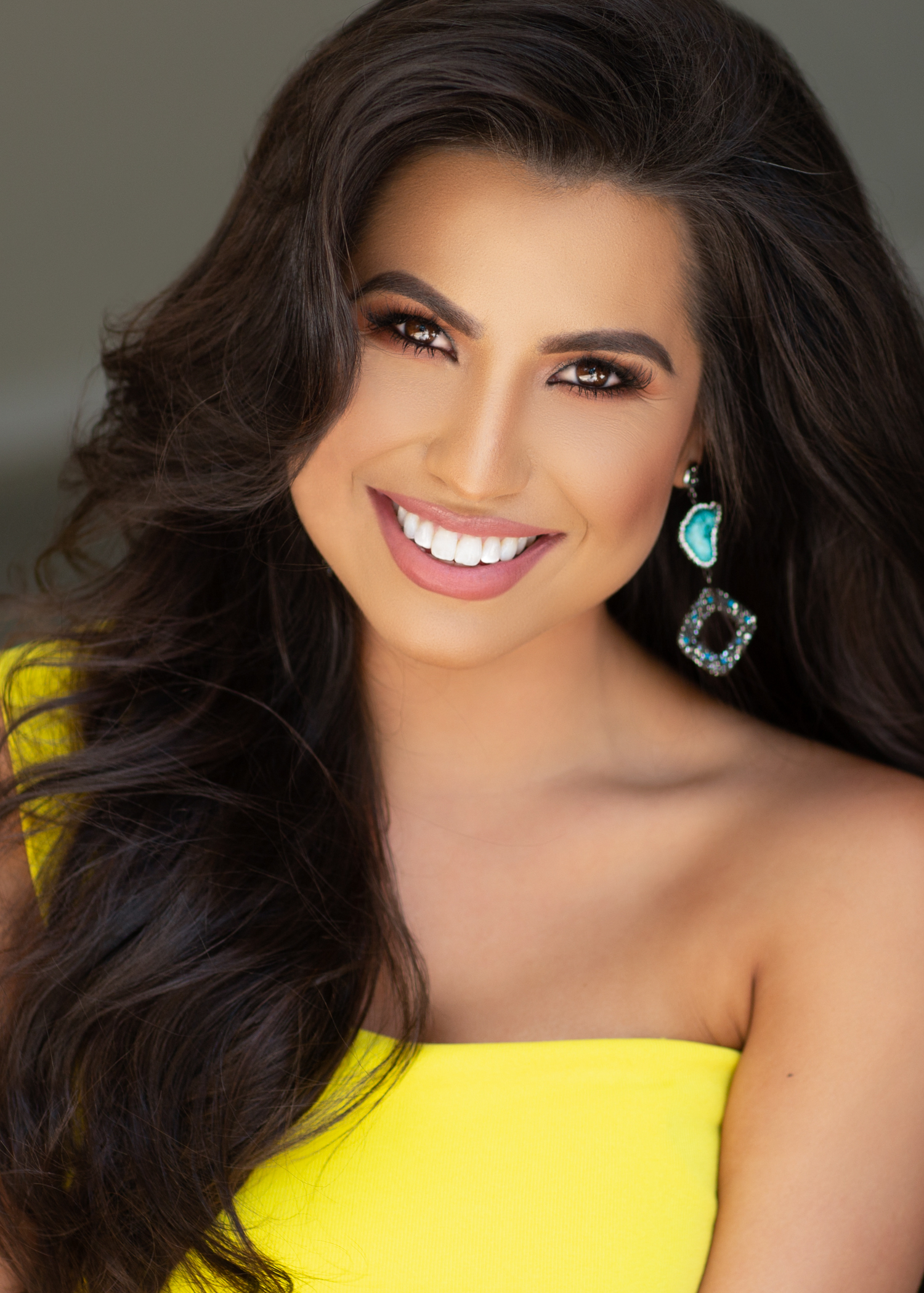 Mrs. Texas International 2019 - Rewriting Children's FuturesHelping children overcome traumatic events such as homelessness, abuse and bullying.