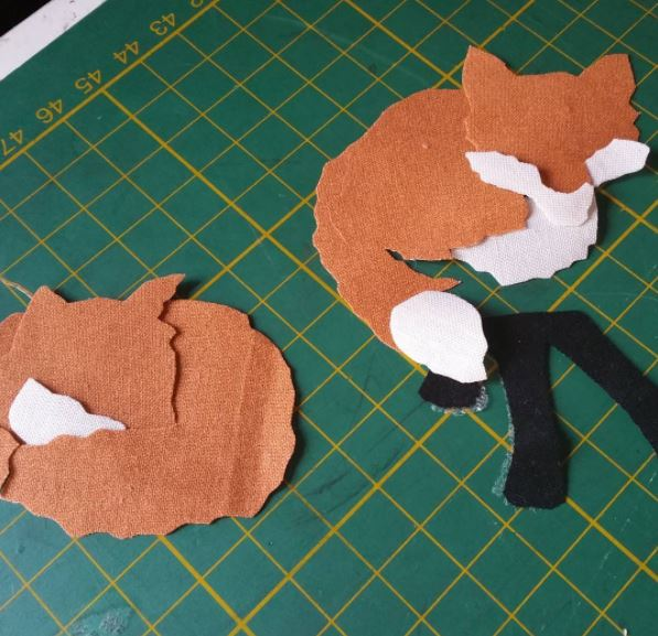 cutout foxes