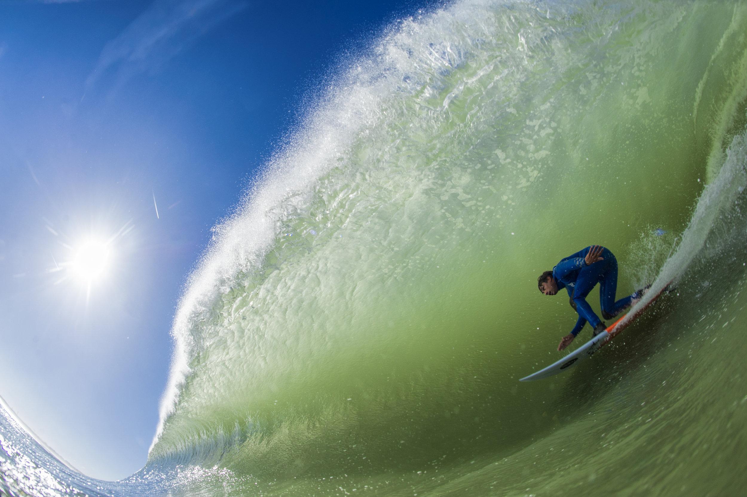 Eric de Souza_SUpertubos_INWATERwetrust_07.jpg