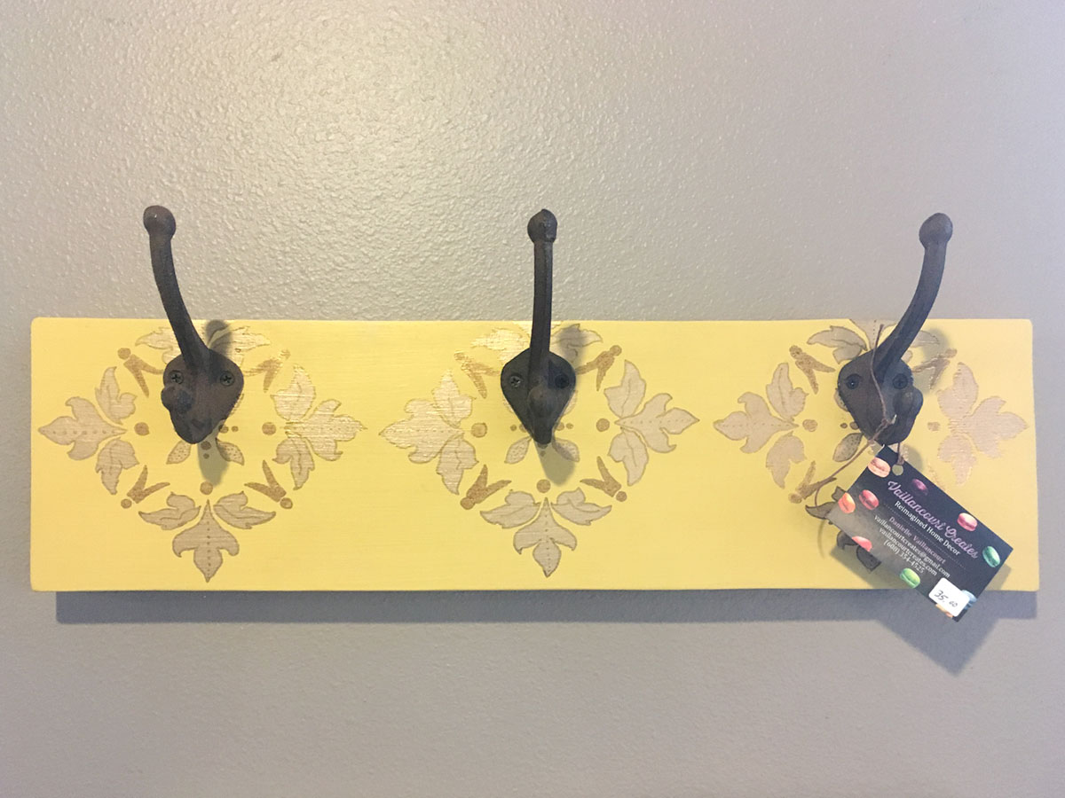 Build your own coat rack for this upcoming fall season!