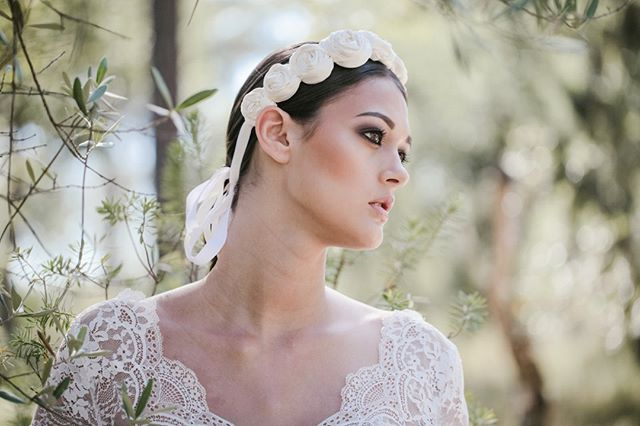 Voltar a este dia, seria lindo, lindo.⁠ ⁠ Planinng: @anastasiiadwe⁠ Dress: @pureza_mb_atelier⁠ Video: @brunoferreirafilms⁠ ⁠ #fotografiadalma⁠ ⁠ #lisbonlovers #radweddings #destinationwedding #lightworker #agameoftones #loveandwildhearts #portugaldestinationwedding #elopementcollective #casaremportugal #junebugweddibgs #belovedstories #yourockphotographers #lblcollective #thesincerestoryteller #radweddings #tonesofgrace #casamentoportugal #sintraweddingphotographer #lisbonweddingphotoprapher #elopementinportugal #elopementphotographer #fearlessphotographer⁠