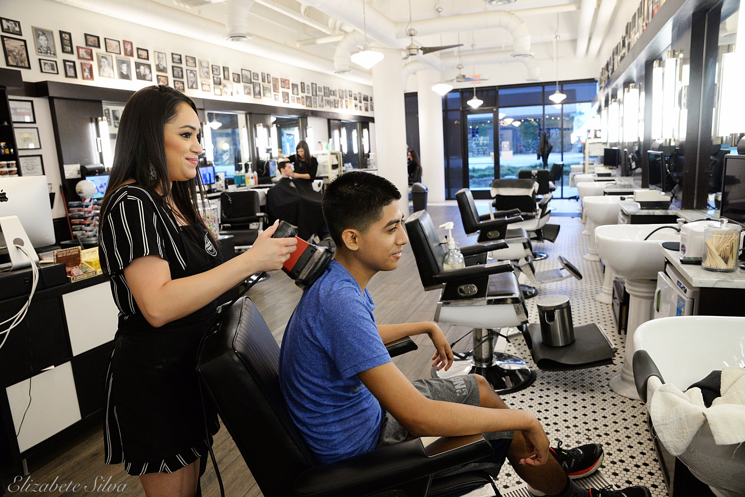 Finley's Barber Shop 2018DSC_1856.jpg