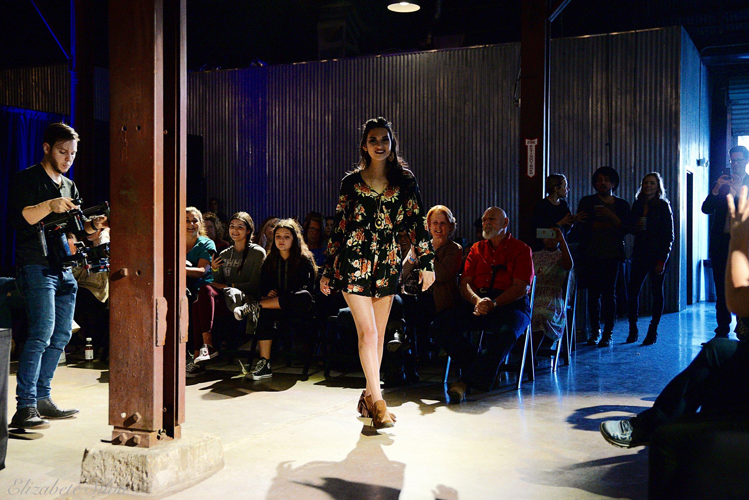 Fashion Show 2018DSC_2326.jpg