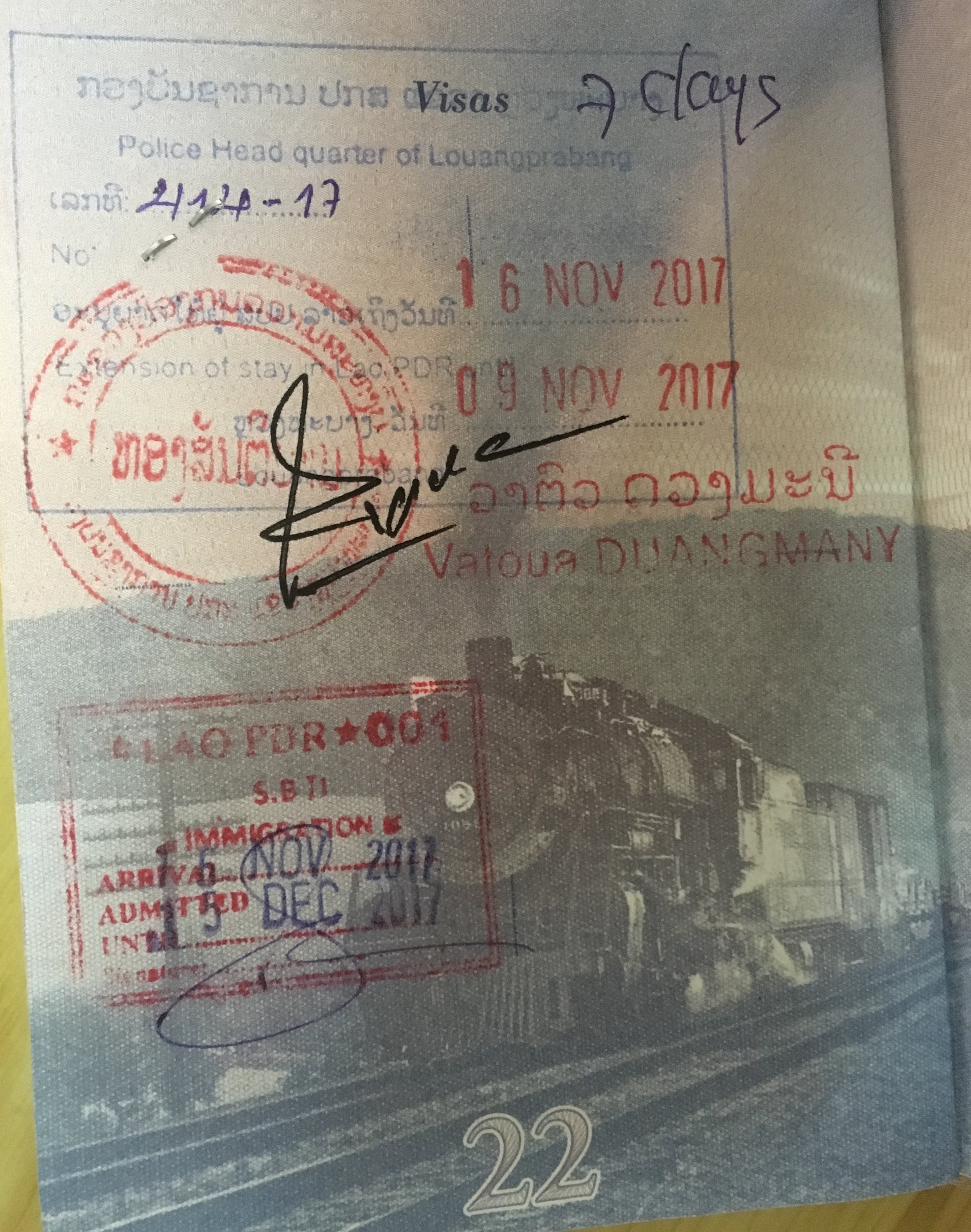 Lao Visa Extension |© Regina Beach