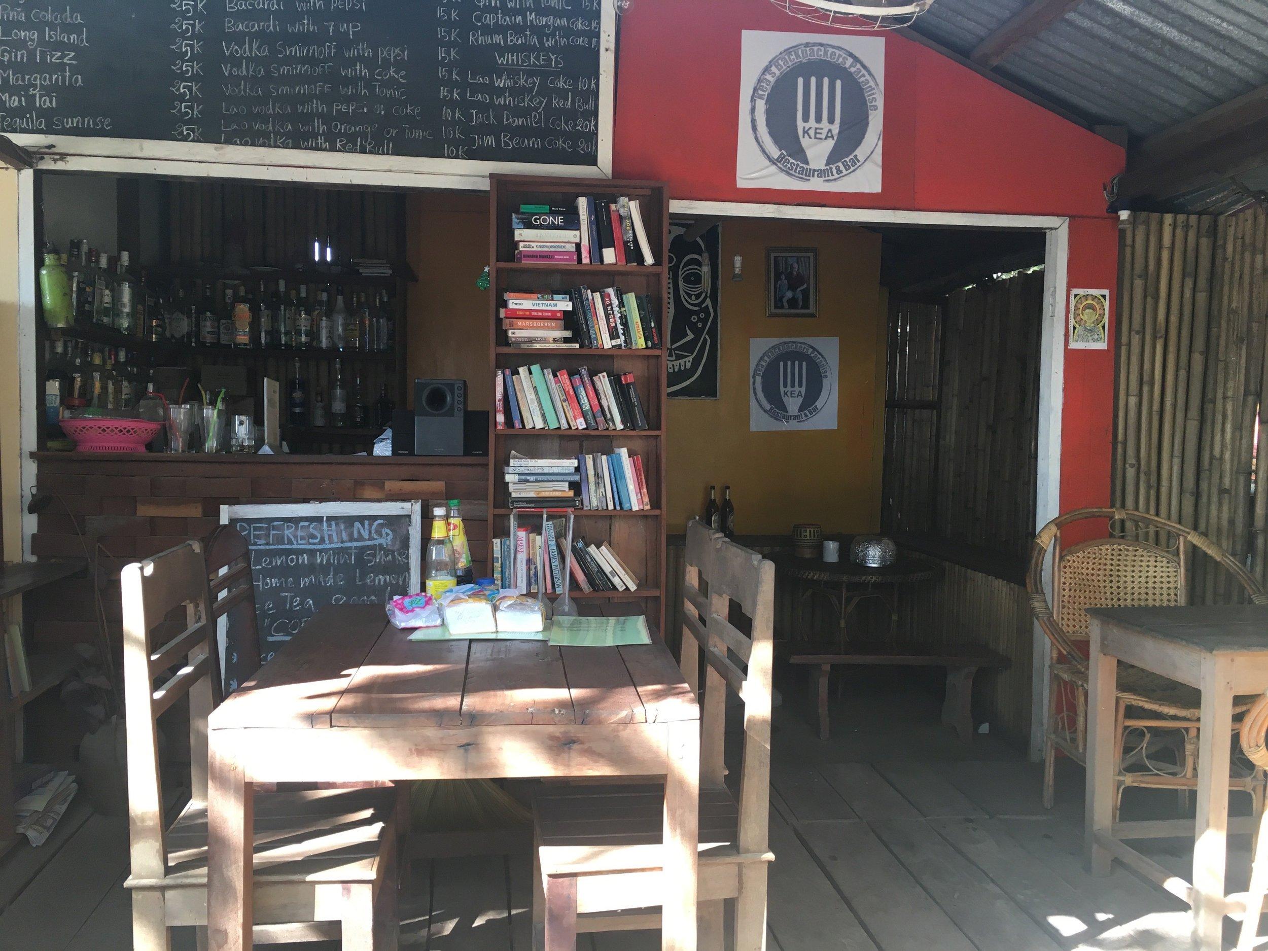 Kea's Backpackers Paradise Restaurant & Bar |© Regina Beach