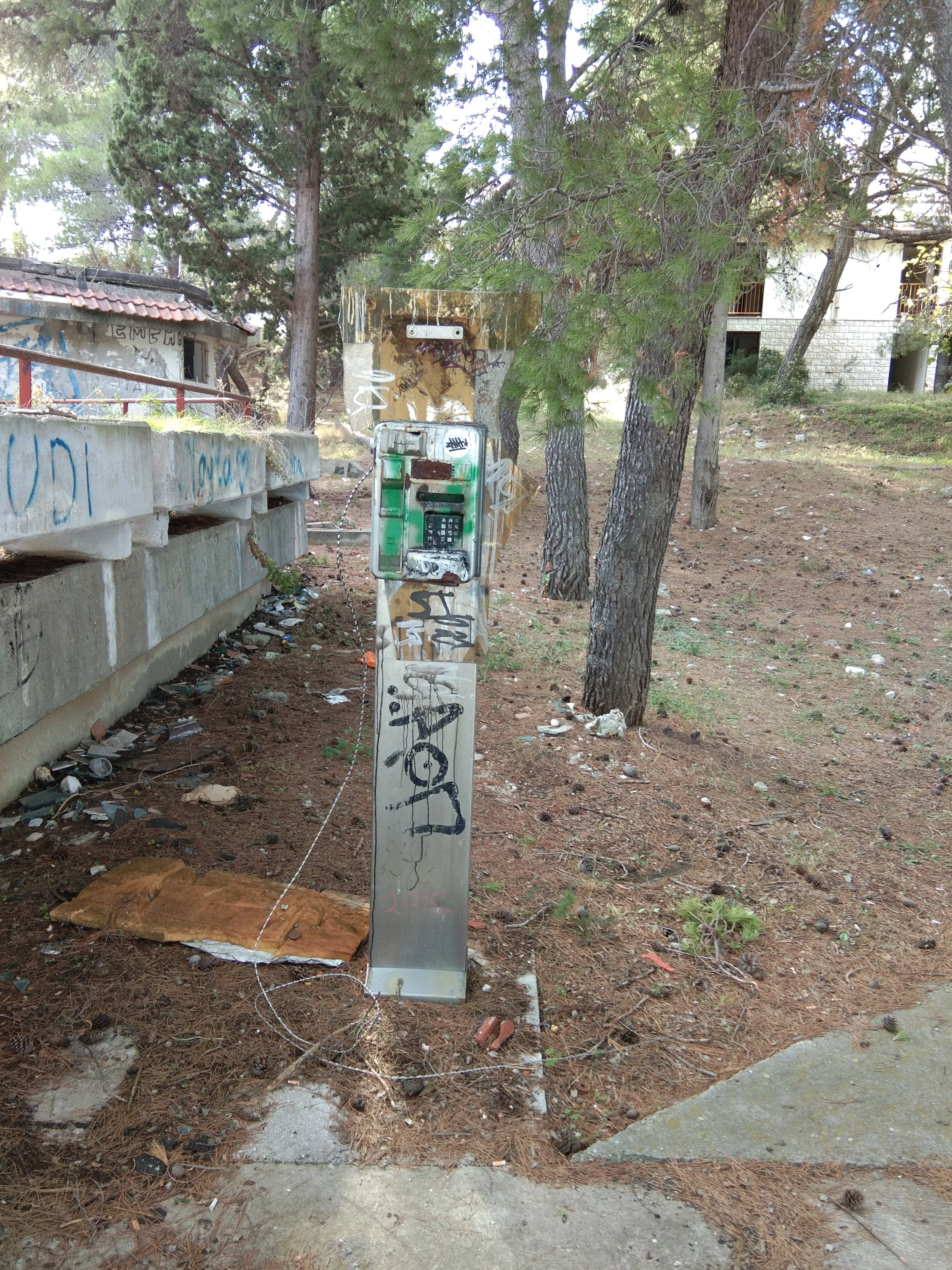 This is the payphone outside the abandoned hotel on Brac.