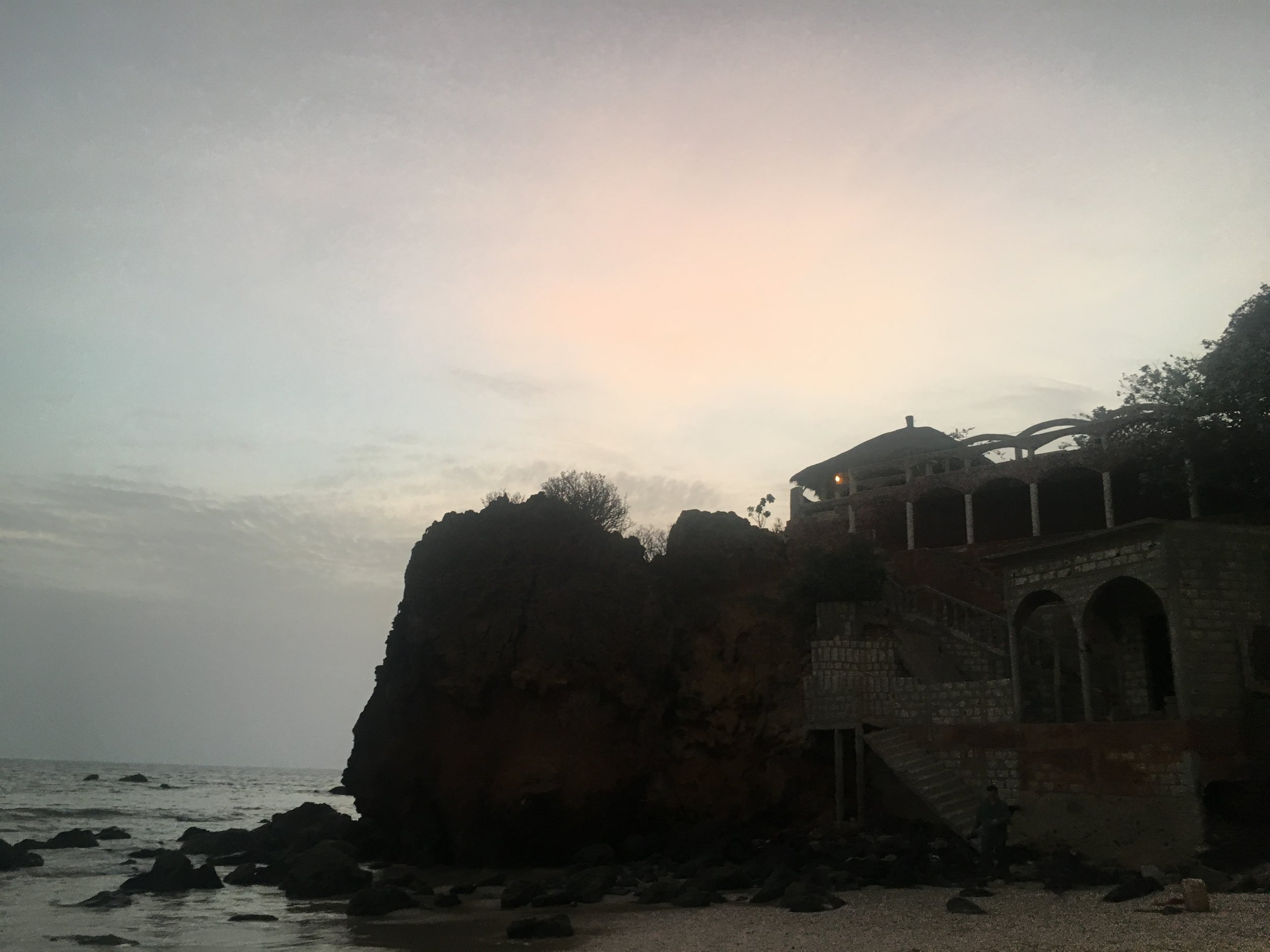 The cliffs and beach in Toubab Dialaw