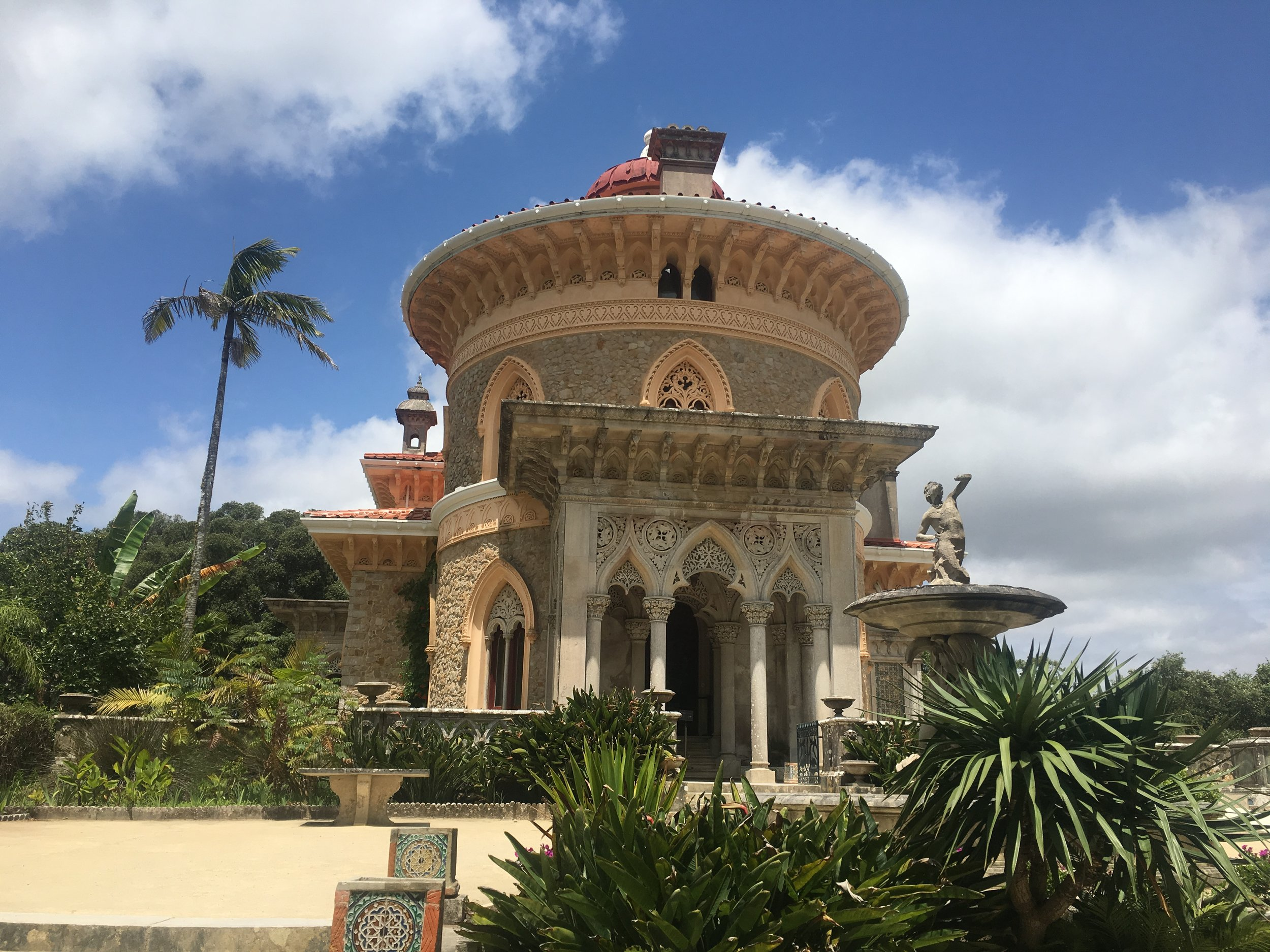 Monserrate is an elegant symmetric palace with a lot of eastern influence in the design.