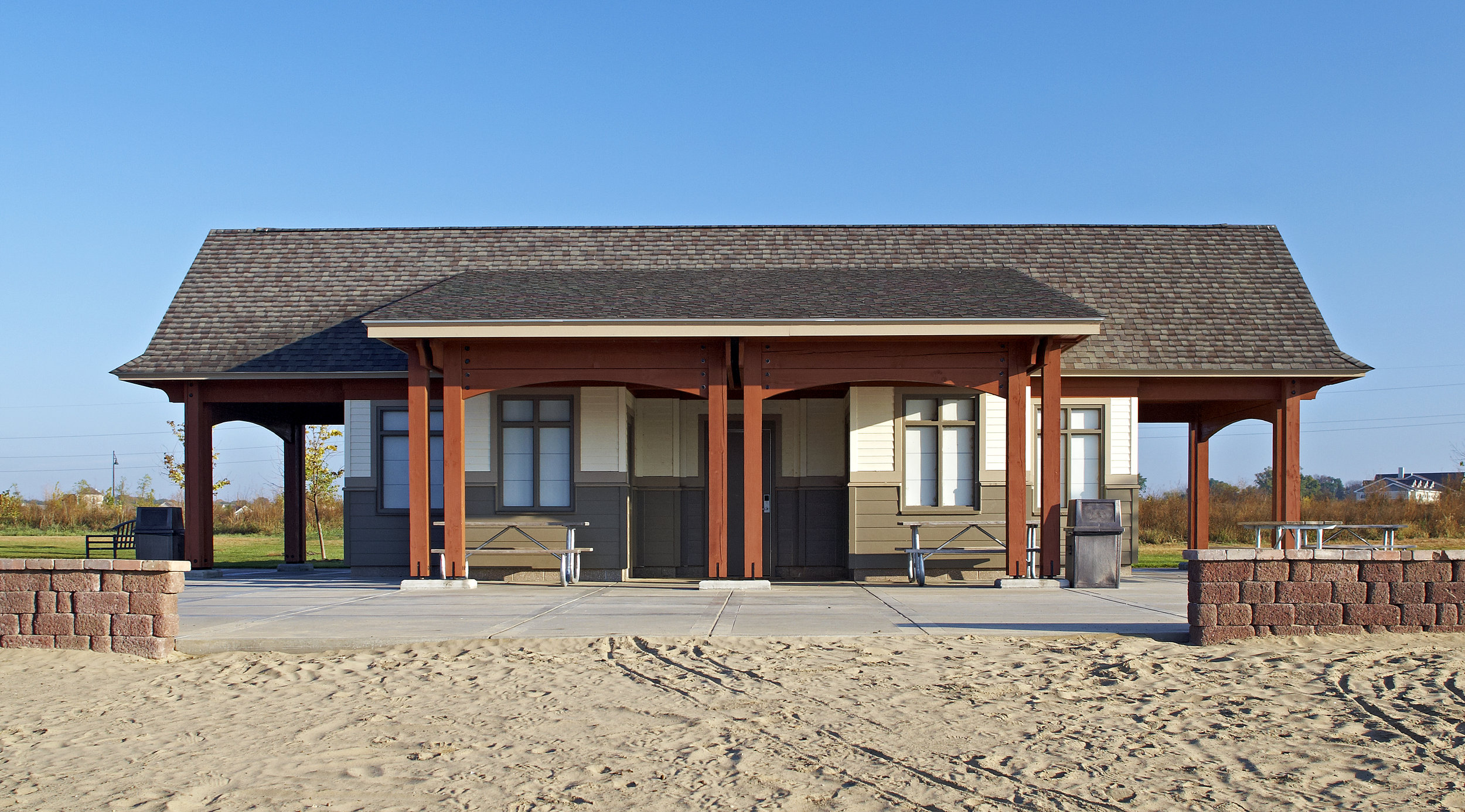 Beachside Building-01.jpg