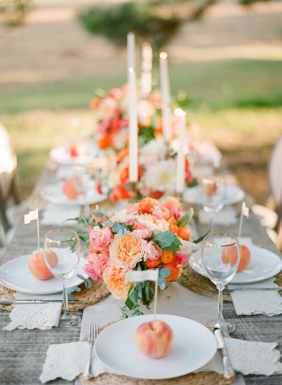 Photo by  Justin DeMutiis Photography  via  Style Me Pretty