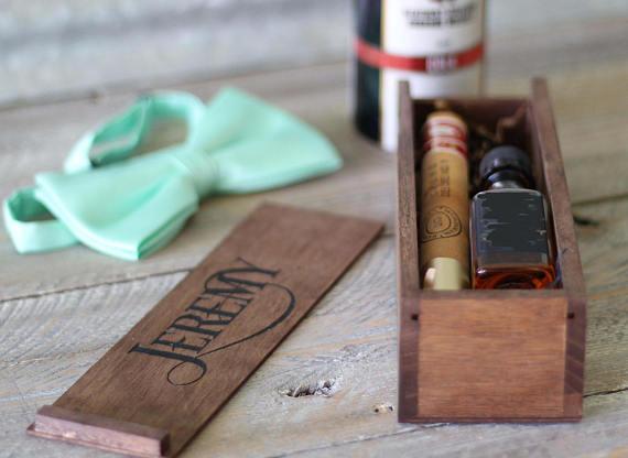 personalized groomsman box