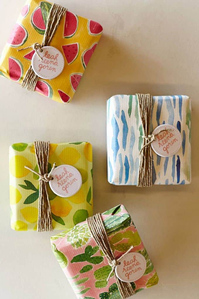 gift wrapping for bridesmaids gifts