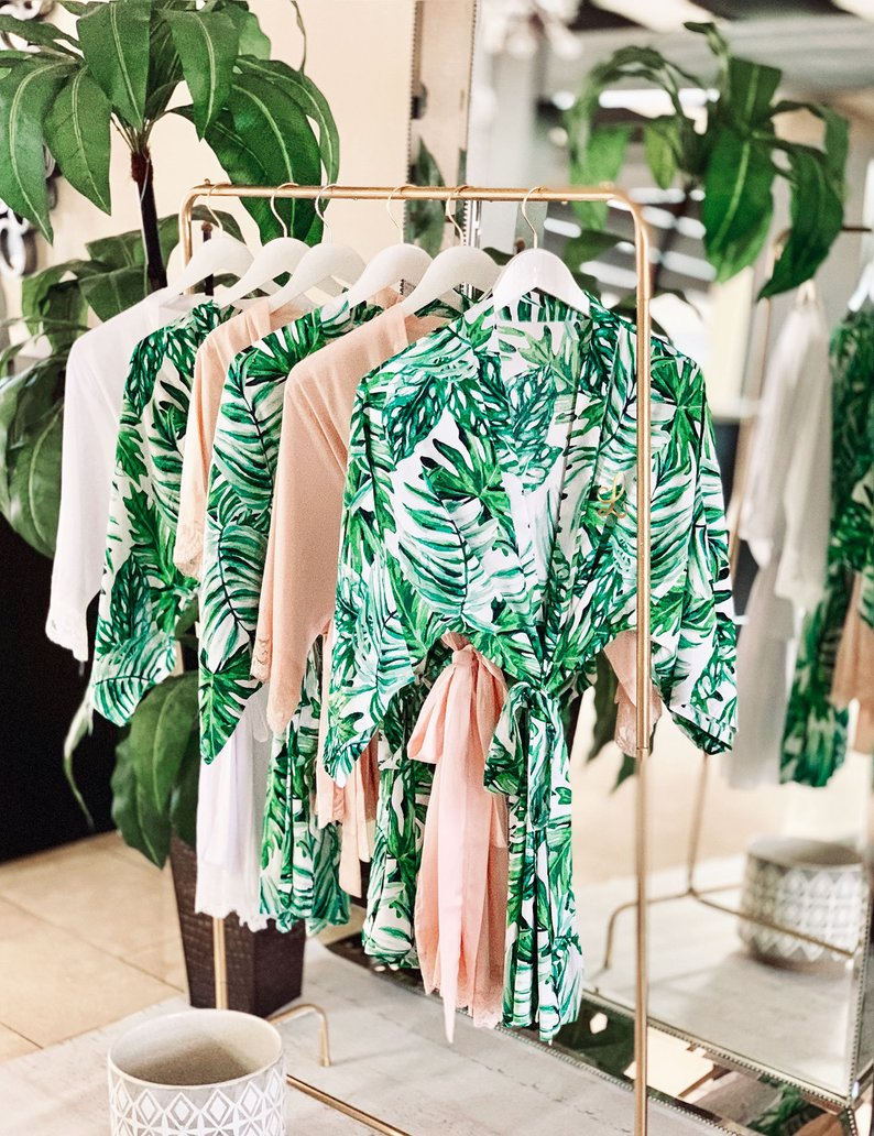 15 Robes for your Bridesmaids - Robes by ModParty- #bridesmaids #wedding #bridesmaidsrobes