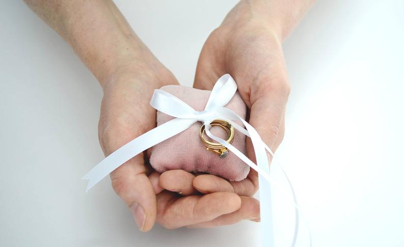 Velvet Wedding Details to Gush Over -Ring Pillow by Live Love Smile - #wedding #weddingdetails #velvet