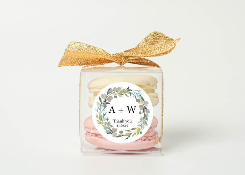 10+ Wedding Favors Your Guests Will Actually Want - Favor by Cookie Box Store - #wedding #weddingfavors #weddingblog