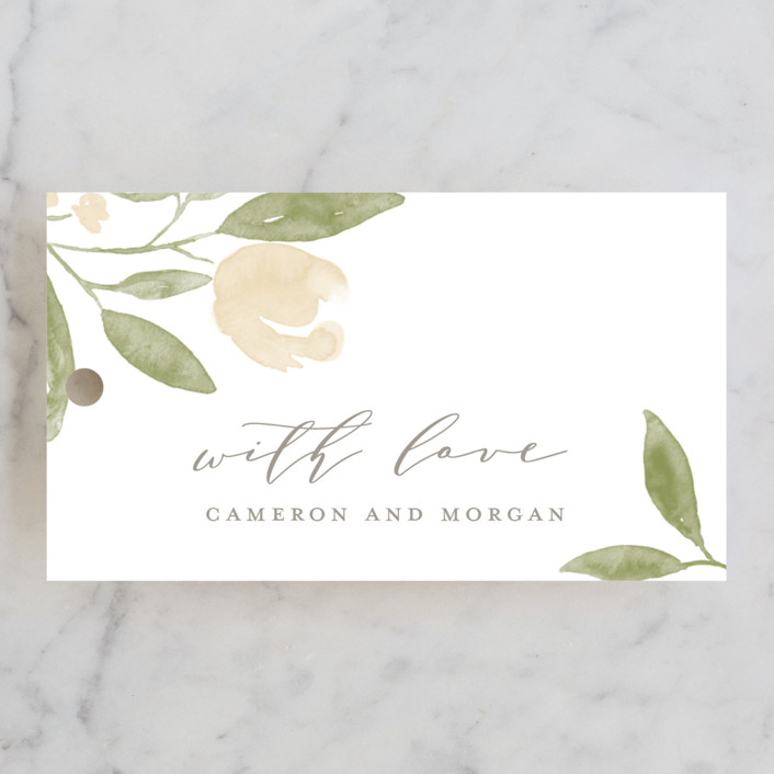 10+ Wedding Favors Your Guests Will Actually Want - Favor Tag by Minted - #wedding #weddingfavors #weddingblog