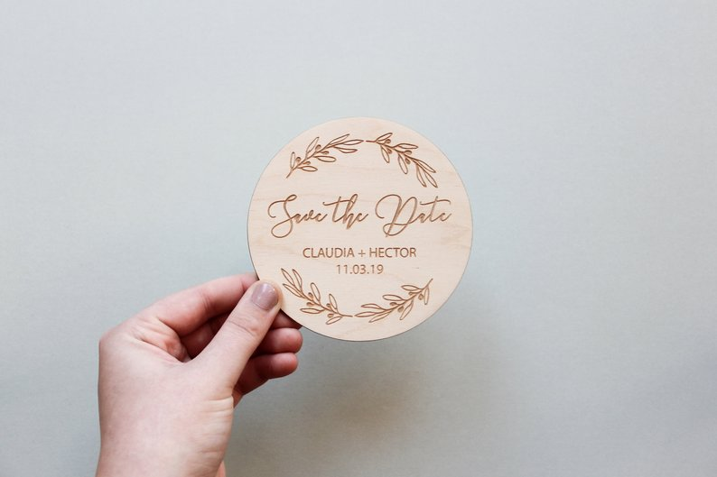 How to Put Together a Neutral Wedding -Save the Date by Fira Studio - #weddings #neutralweddings #weddingdecor