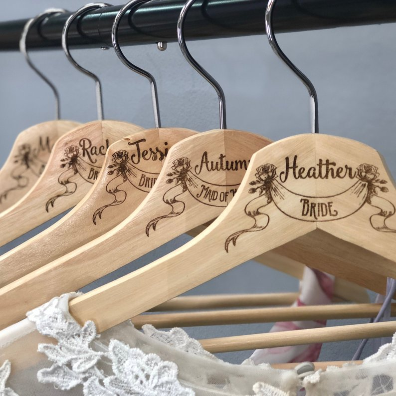 How to Put Together a Neutral Wedding - Hangers by Scissor Mill - #weddings #neutralweddings #weddingdecor