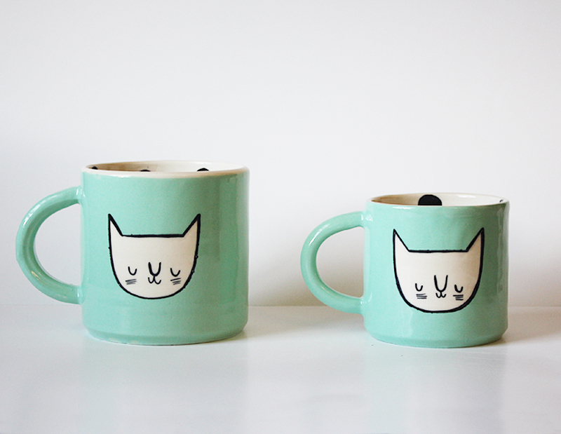 aquacatfacemugs2sizes.jpg