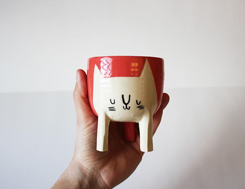 The famous Beardbangs Ceramics cat planter