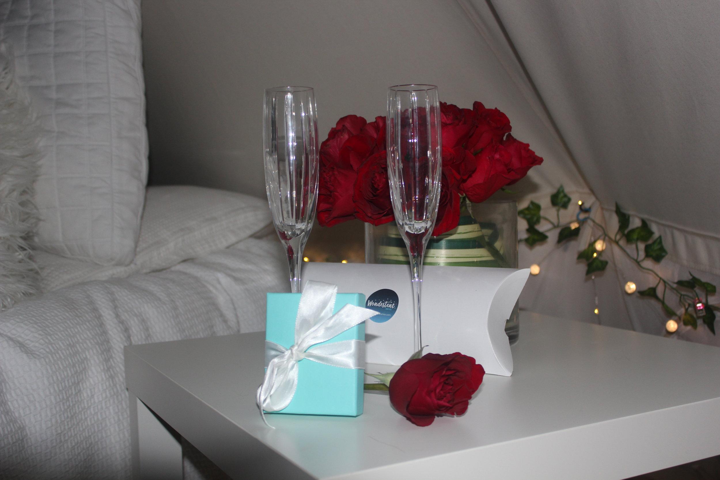 Romantic Nights CloseUp.jpg
