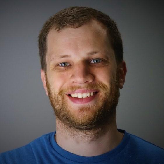 profile pic final square.jpg