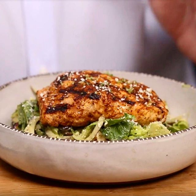 Not your average salmon salad. Recipe in bio. 🥬 - - - #chefbrik #celebritychef #chefstagram #dishoftheday #yougottaeatthis