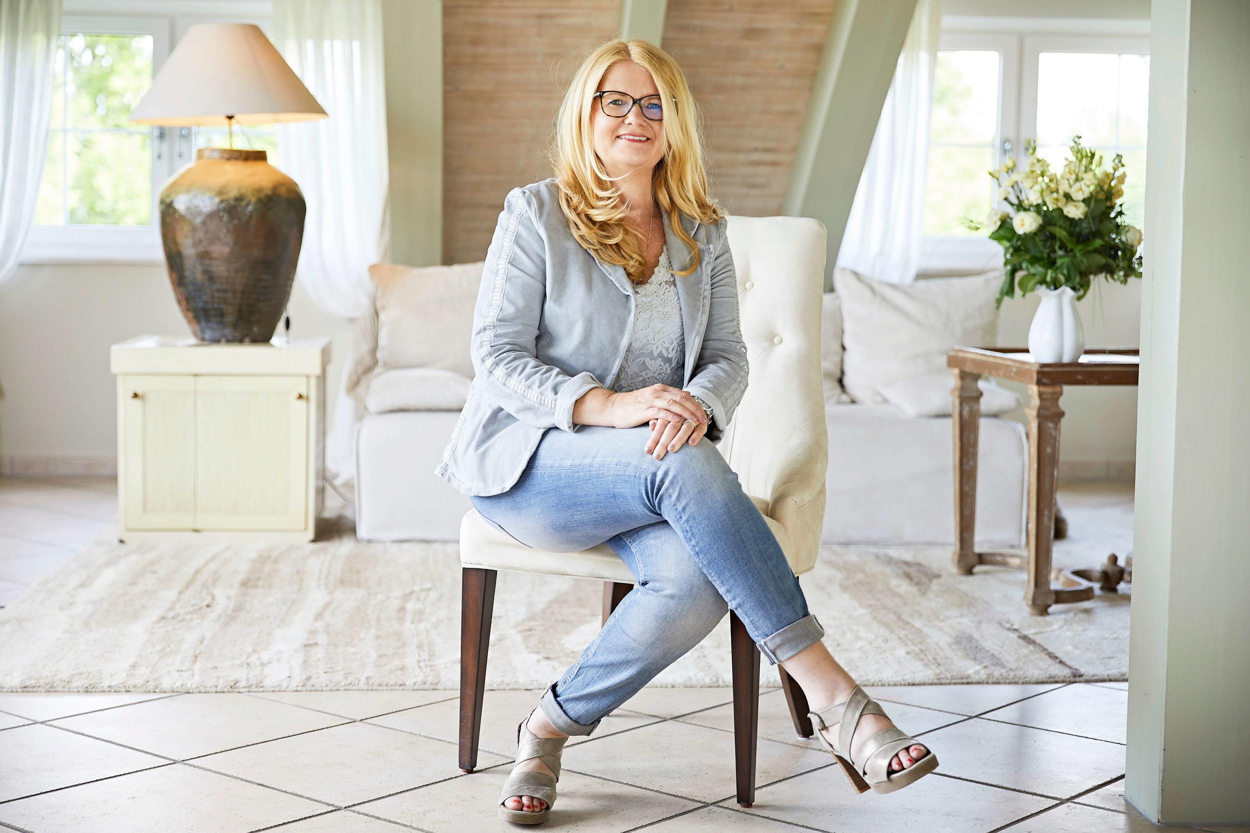Persoanla Brand Fotoshooting mit Brigitte Rieger von  Immoagenda