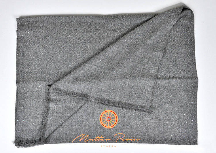 italian cashmere blanket 4 matteo perin.jpg