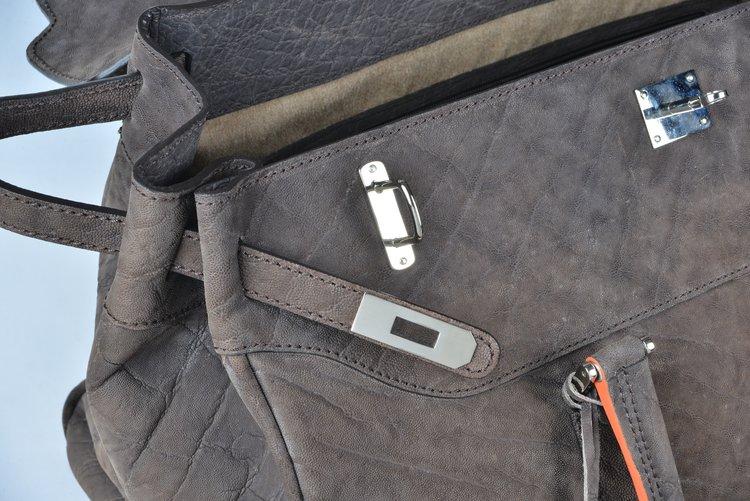 brown-leather-bag-detail-matteo-perin.jpg